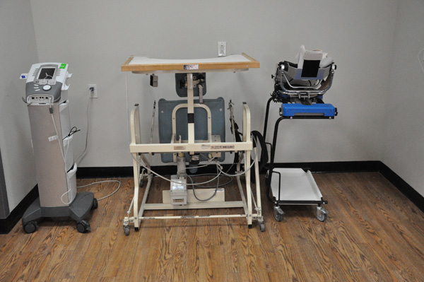 Workmen's Circle Physical Therapy Equipment